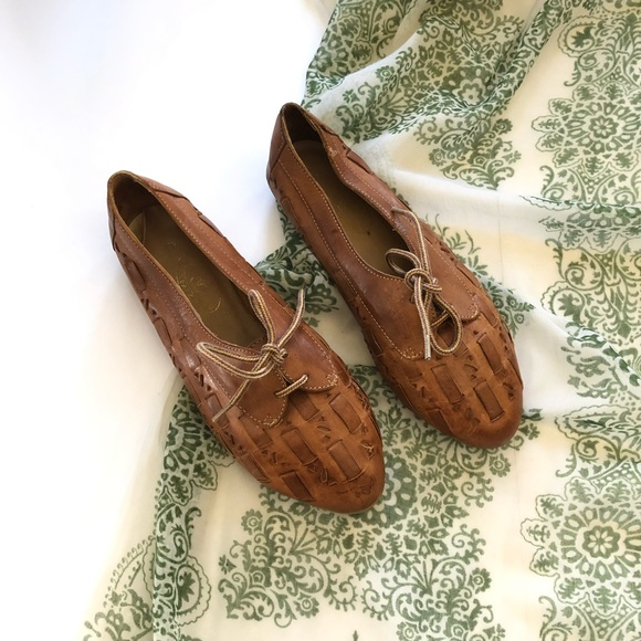 11943d654e272 Vtg Leather Creations Woven Leather Lace Tie Flats